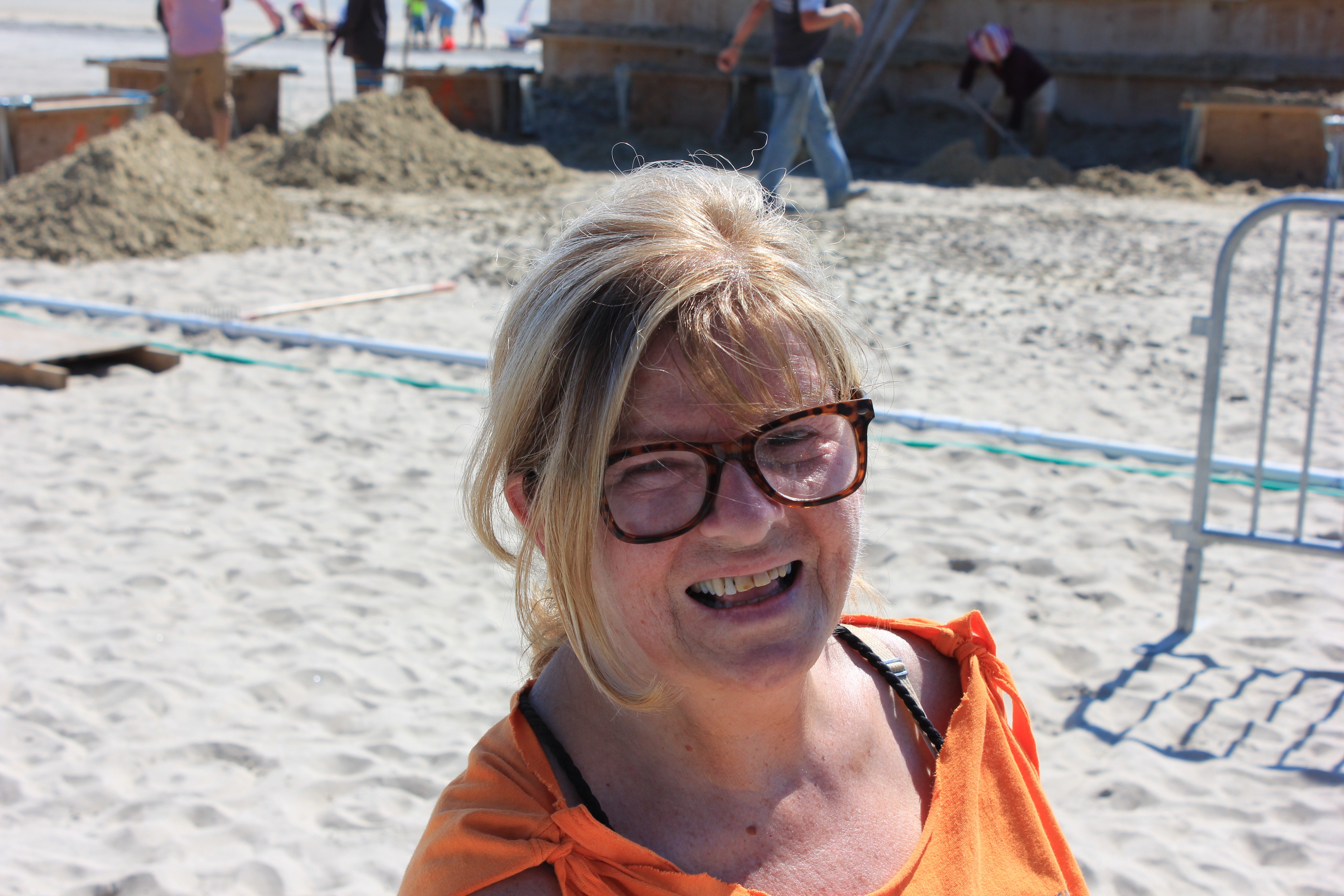 Sunday Update: Saugus Illustrator Gets Down into the Sand ...